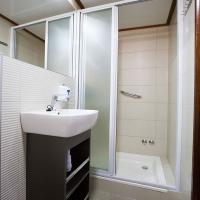 Adriatic Prestige-bath-tall
