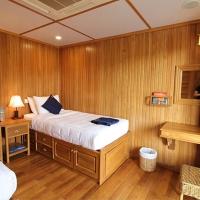 Orient Pandaw Twin Cabin