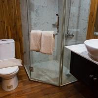 Mekong Adventurer Stateroom Bathroom