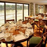 Rajmahal Cruise Ship Dinning