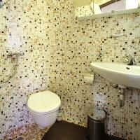 ybathroom1