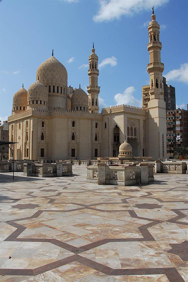 Abu-al-Abbas-al-Mursi-Mosque-in-Alexandria-Egypt-Explorer river cruise
